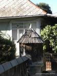 Auch neuere Häuser verzichten nicht auf ihre Brunnen. Sie heizen auch alle weiter mit Holz